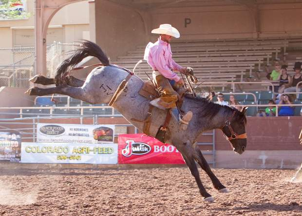 In ranch rodeo, saddles used for saddle-bronc riding are standard, working-ranch saddles, two hands are allowed and there are no style points.