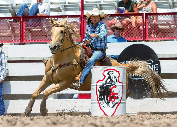 Lisa Lockhart was invited to the Cheyenne Cinch Rodeo Shootout by winning in Houston. Lockhart ran the pattern in a blistering 17.359 seconds and turned a faster 16.97 in the final round to win the $10,000.